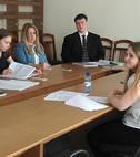 """Студенты направления """"Международные отношения"""" защитили дипломные работы"""